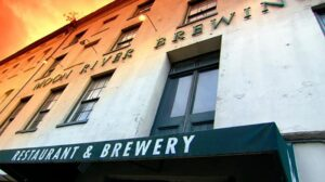 haunt-of-the-week-moon-river-brewery_596x334