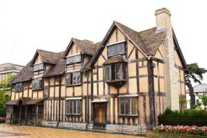 william-shakespeare-s-birthplace-stratford-upon-avon-england-1600x1066